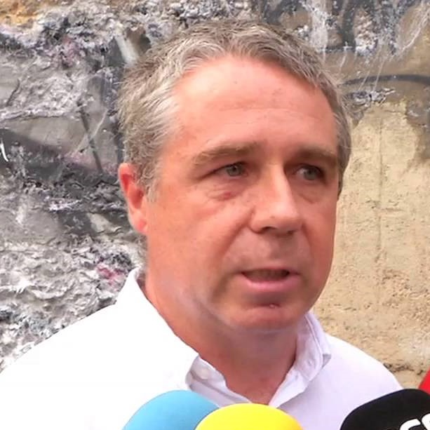 Carlos Váquez